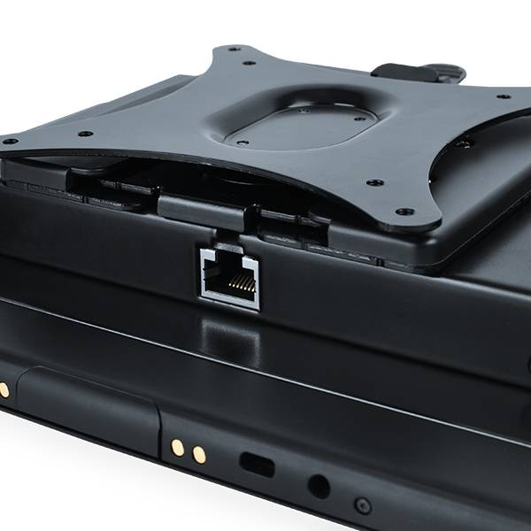 Pokini-Tab-E10W-Vesa-Detail-Einschub