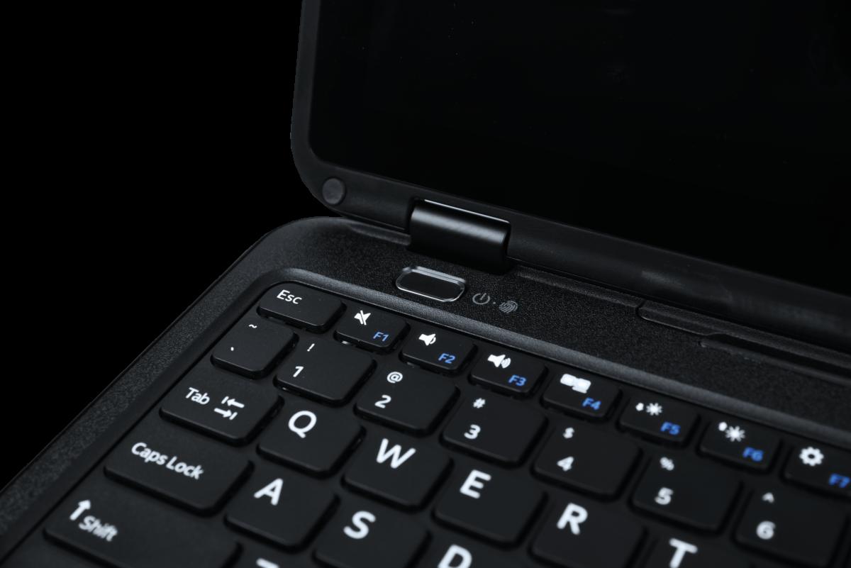 Pokini E11 Convertible rugged Notebook, Power-Taste | acturion.com