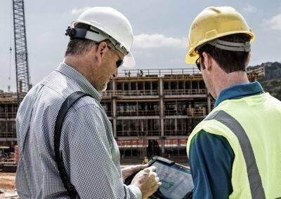 Robuste Tablets von ZEBRA XSLATE - auf der Baustelle