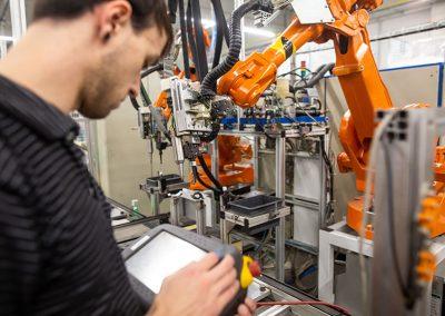 Industrie-Produktion-Praxiseinsatz-Industrie-Tablet