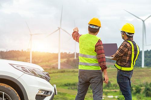 Industrie Notebook im Außeneinsatz Energieversorgung