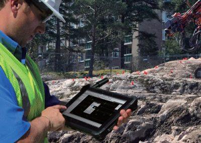 RTK-Outdoor-Tablet-mit-externe-Antenne
